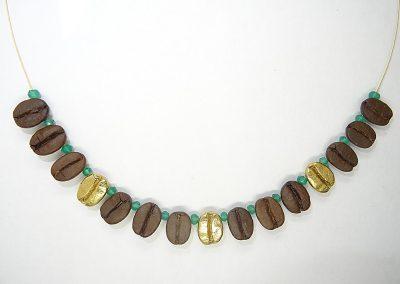 Kette Stahlseil mit 12 echten Kaffeebohnen, 3 Kaffeebohnen massiv Silber vergoldet und grünen Achaten
