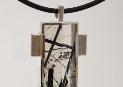 Statementschmuck Kreuz-Anhänger Silber mit Turmalin-Quarz